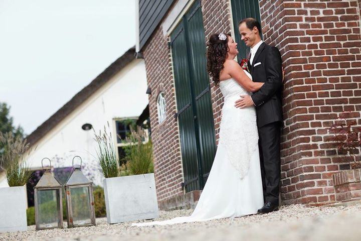 Porly We Speak Of The Wedding Night But At Onder Den Renboom Think It Is Something To Be Looked Diffely See As Your First Moments